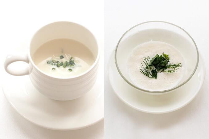 写真:白いカップに入ったあたたかいスープと、ガラスの器に入った冷たいスープ。どちらも白いポタージュ状のスープ。